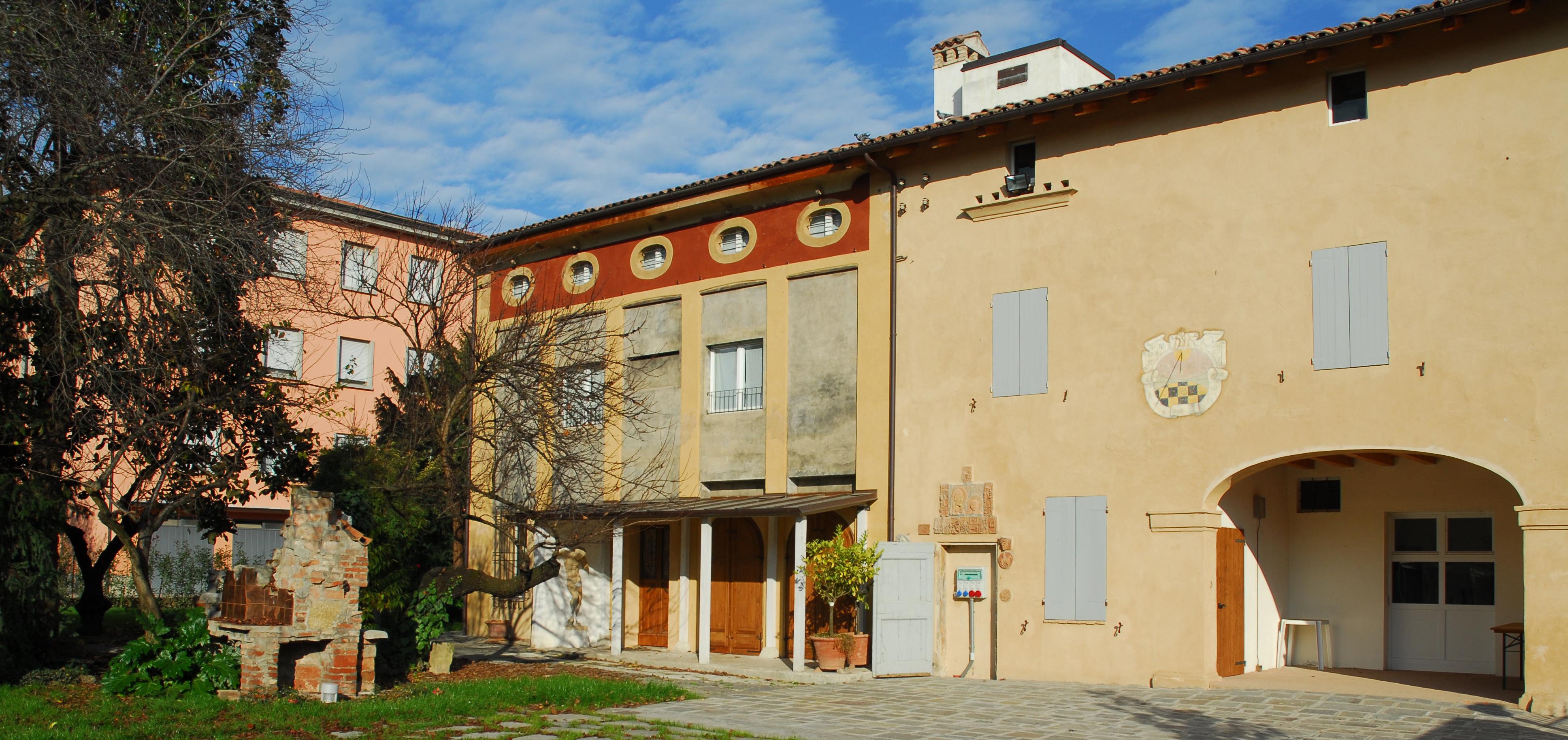 Casa Frabboni esterno