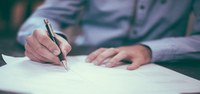 Percorsi formativi e di qualificazione per assistenti familiari